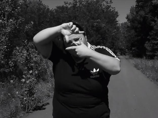 alyona alyona качает: читающая рэп воспитатель детсада из Барышевки выпустила второй клип
