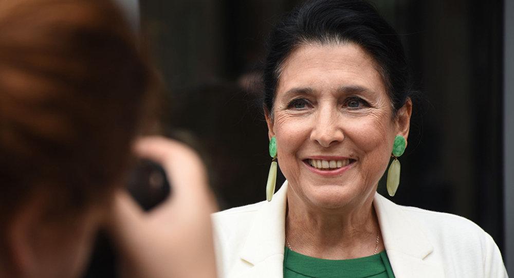 В Грузии выборы президента впервые выиграла женщина: ее поддержала правящая партия