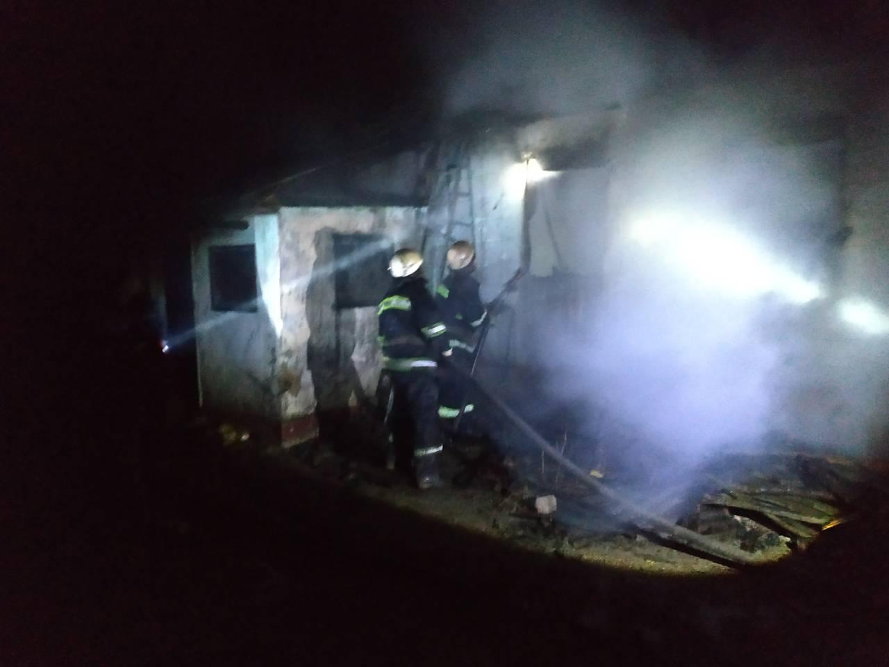 В Запорожской области в огне пожара погибло трое детей
