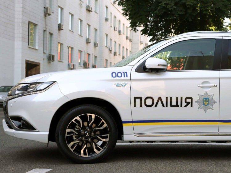В Запорожской области водитель на еврономерах влетел в полицейское авто