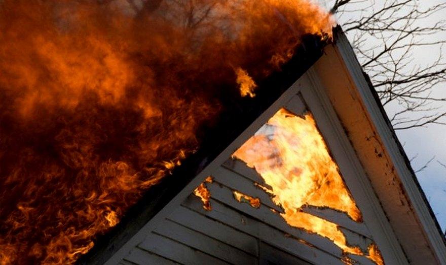 В Запорожской области вспыхнул частный дом