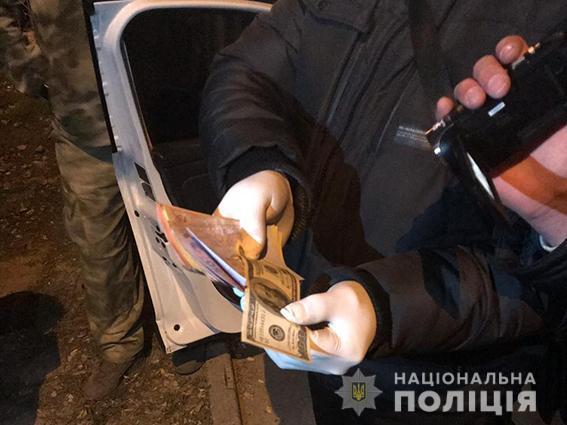 В Запорожской области задержали на взятке следователя полиции