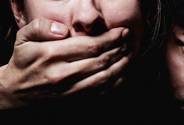 В Запорожской области изнасиловали женщину-инвалида