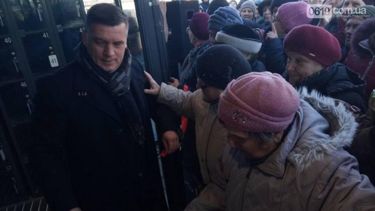 В Запорожской области люди устроили в супермаркете драку из-за акционных товаров (ФОТО)