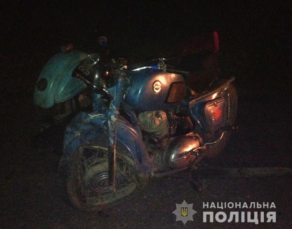 В Запорожской области парень на мотоцикле врезался в микроавтобус: он – в реанимации, – ФОТО