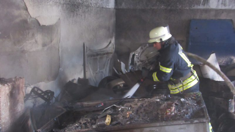 Пожар в гаражном кооперативе