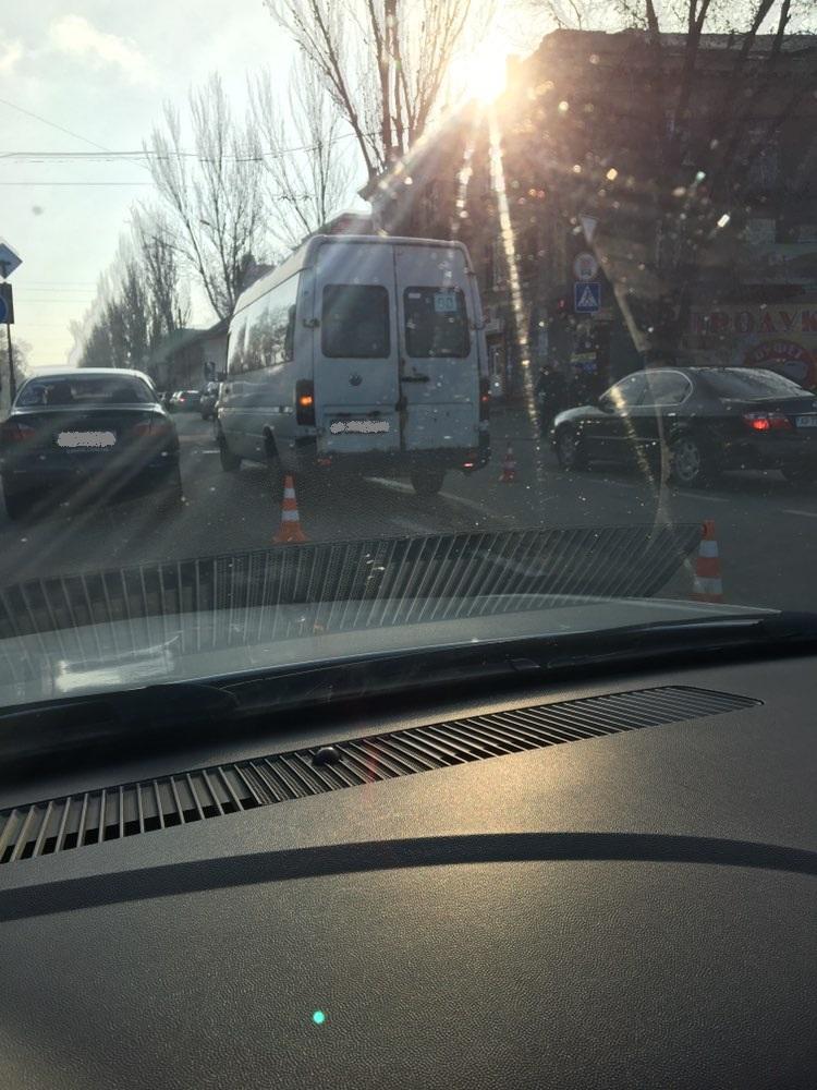 В Запорожье в аварию попала очередная маршрутка