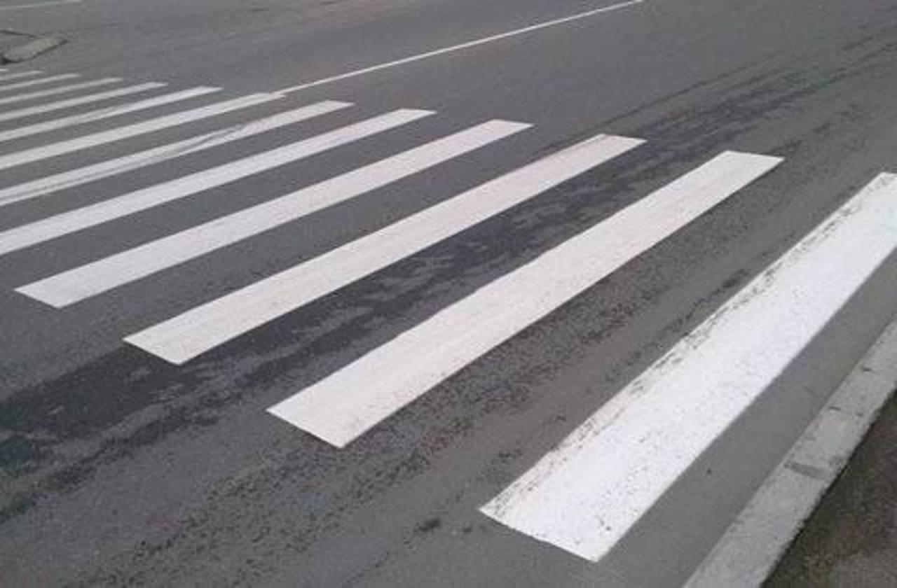 """В Запорожье водитель """"Форда"""" сбил мужчину на пешеходном переходе"""
