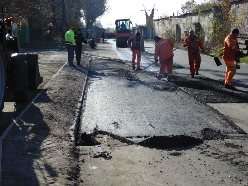 Средний ремонт дороги в Шевченковском районе на улице Круговой