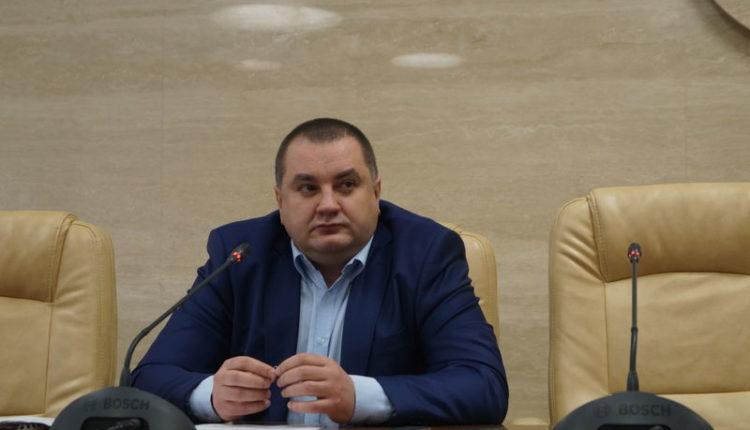В Запорожье из-за общественного резонанса перенесли суд по делу главного эколога области