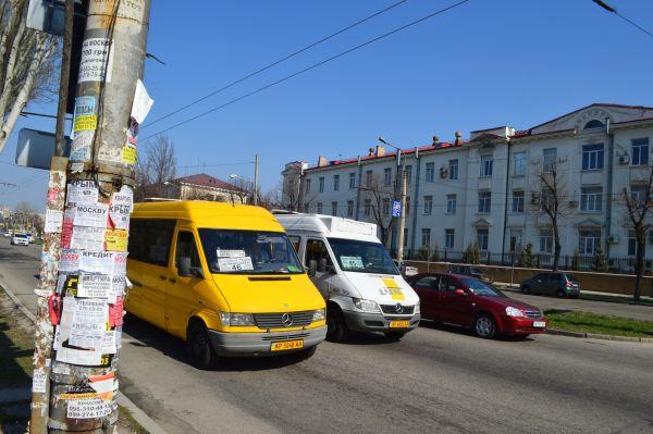 """В Запорожье маршрутчика посадили за то, что сбил перебегавшую на """"красный"""" женщину"""