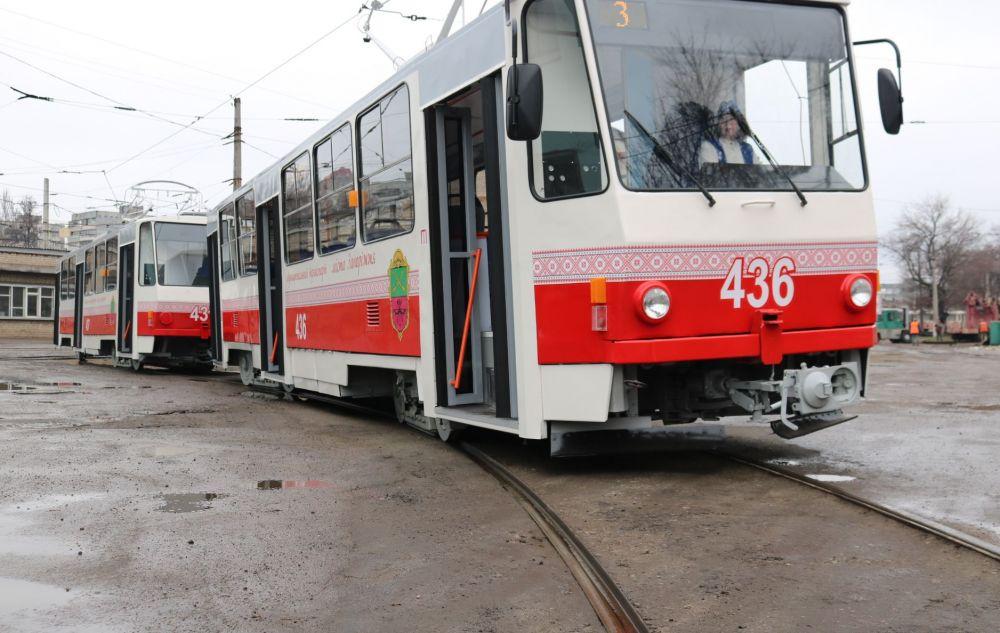 В Запорожье на неопределенный срок закрыли еще два маршрута