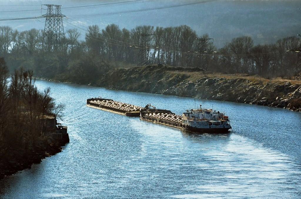 В Запорожье продлили сезон речной навигации
