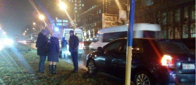 В Запорожье разыскивают водителя, который сбил пешехода и скрылся с места происшествия