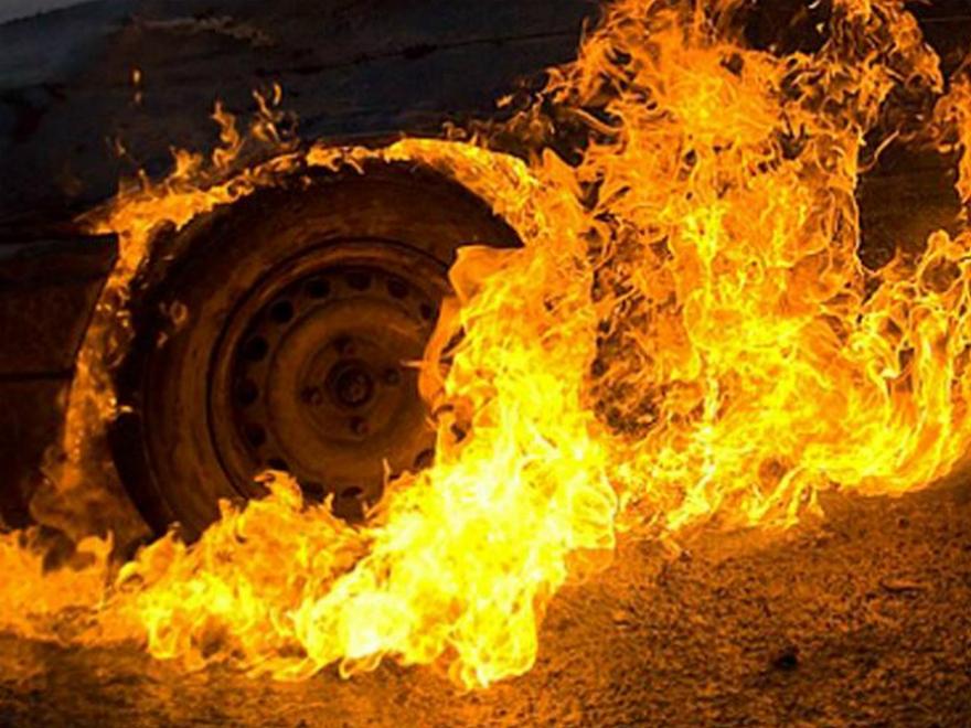 В Запорожье сгорело несколько автомобилей