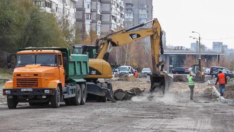 В Запорожье строят новую современную дорогу с выездом на Набережную