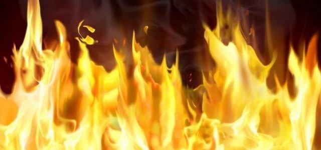 В Мелитополе, из-за пожара в многоэтажке, эвакуировали 12 жильцов