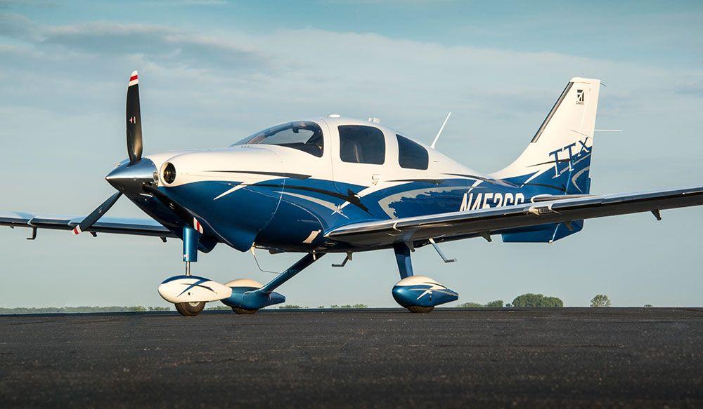 В США двое подростков угнали самолет из частного аэродрома
