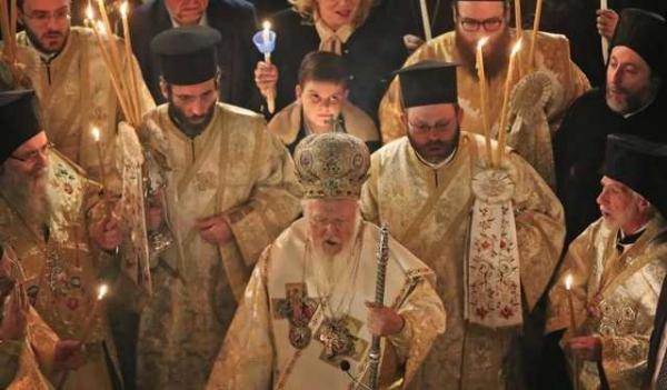 Вселенский патриархат утвердил устав УПЦ, но Томоса не дал