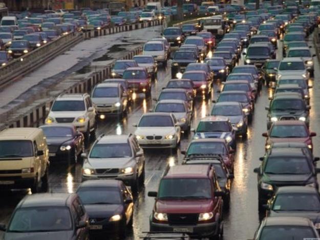 Готовьтесь к пробкам: завтра «евробляхеры» в знак протеста перекроют две запорожских трассы (КАРТА)