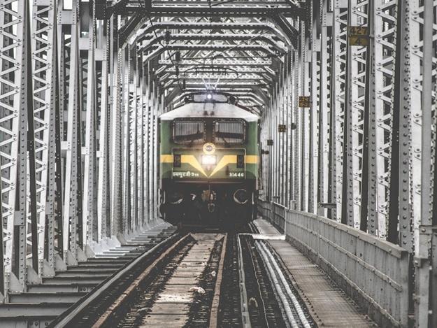 Железная дорога перейдет на особый режим работы