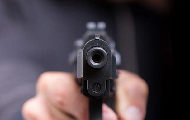 Житель Запорожской области стрелял в администратора столичного кафе