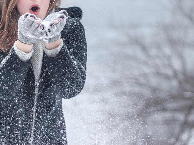Зима близко: в Запорожской области выпал первый снег (ВИДЕО)