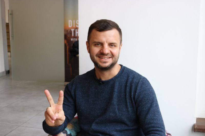 блогер Антон Тараненко