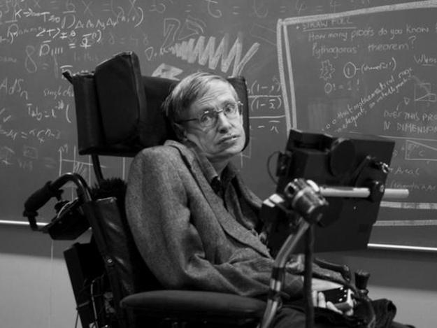 Инвалидное кресло Стивена Хокинга ушло с молотка за кругленькую сумму