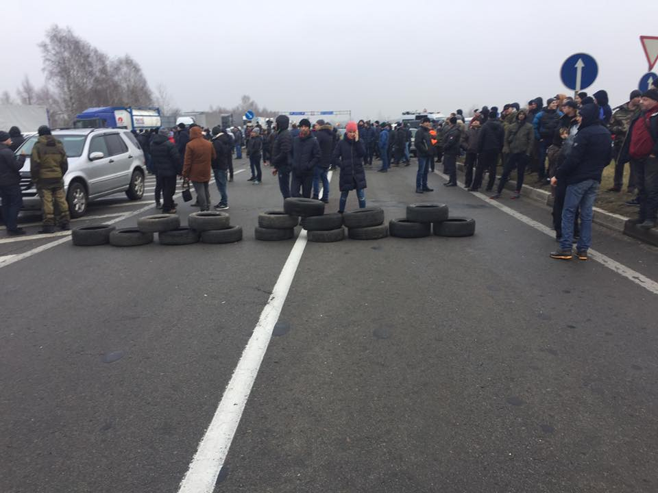 Львовская таможня назвала сумму убытков из-за блокирования границ