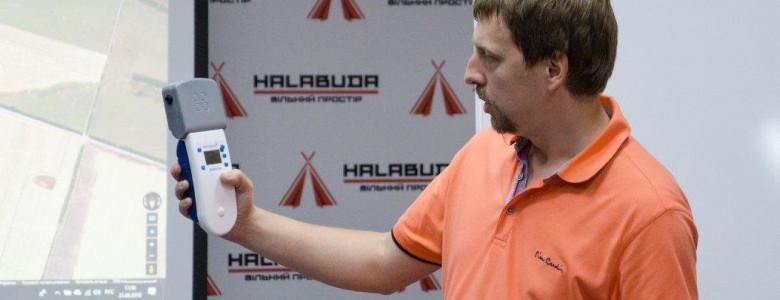 Мариуполец хочет купить приборы для измерения загрязнения воздуха и Запорожью: для этого ему нужно выиграть телешоу, - ВИДЕО