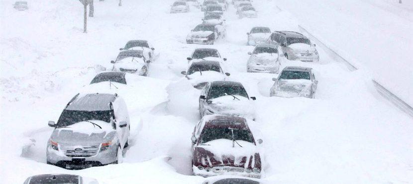 Мелитополь засыпало снегом - видео – Индустриалка