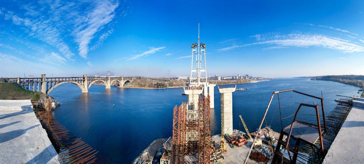 На запорожских недостроенных мостах состоится необычный перфоманс