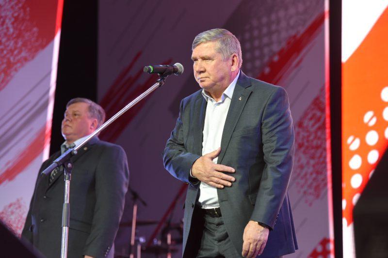 Леонид Анисимов