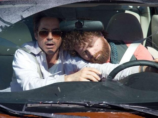 Неудачный день: на Хортице вор уснул за рулем чужого авто