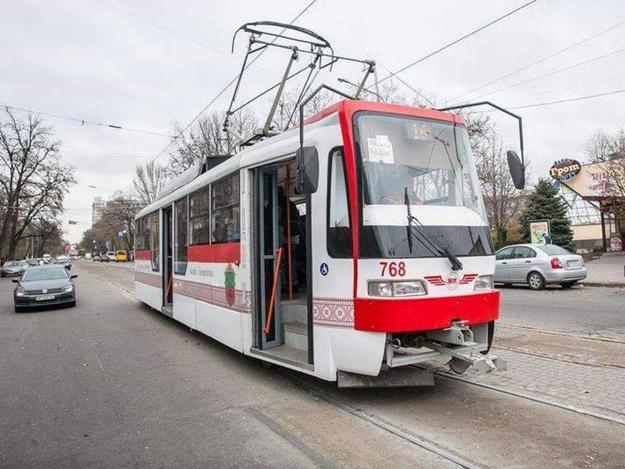 Обновление трампарка: на улицы города пустят еще два новых запорожских трамвая