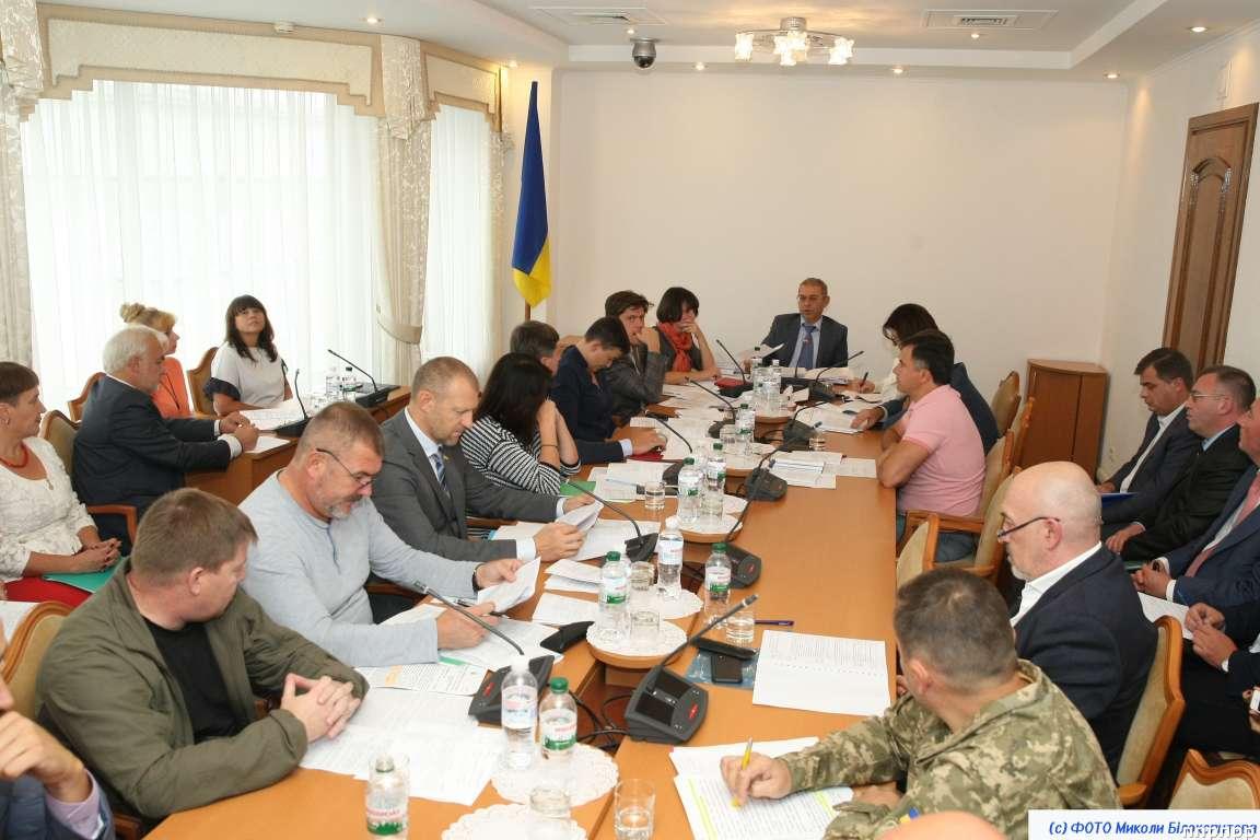 Оборонный комитет рассматривает президентскую инициативу ввести военное положение в Украине (Прямой эфир)