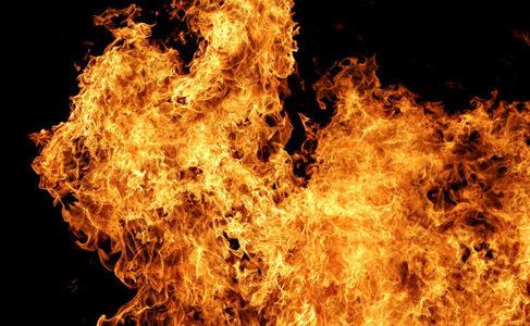 Под Запорожьем в пожаре погиб 18-летний парень