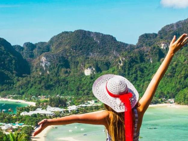 Пора на отдых: Таиланд досрочно отменил визовый сбор для украинцев