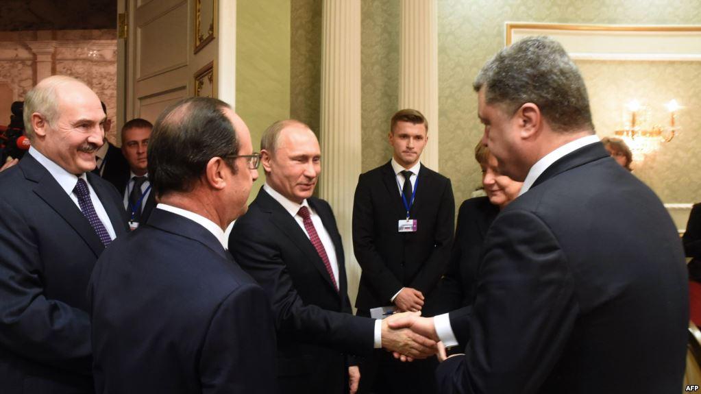 Порошенко звонил Путину после захвата украинских судов, но тот попросту не взял трубку