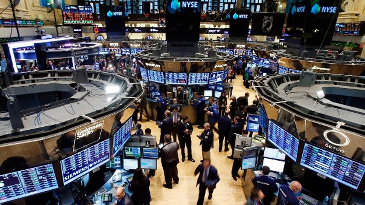 После заявления Саудовской Аравии на лондонской бирже обвалились цены на нефть