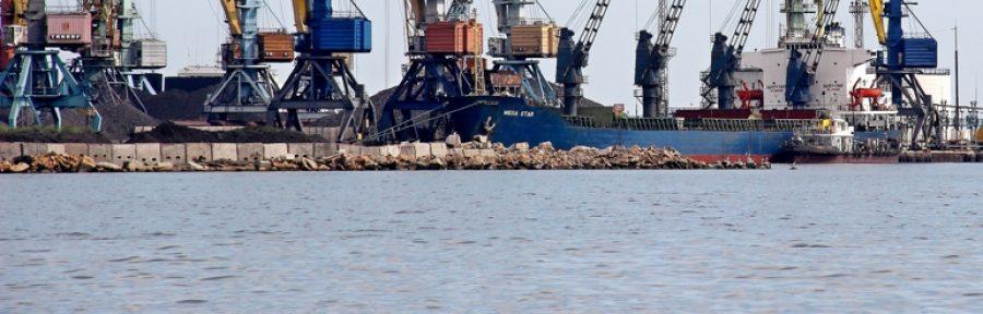 Россия заблокировала работу портов в Бердянске и Мариуполе - министр – Индустриалка