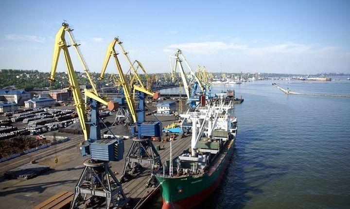 РФ заблокировала украинские порты на Азовском море