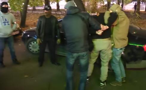 СБУ задержала банду, которая обстреливала частные фирмы с гранатометов и торговала оружием на территории Запорожской области, - ВИДЕО