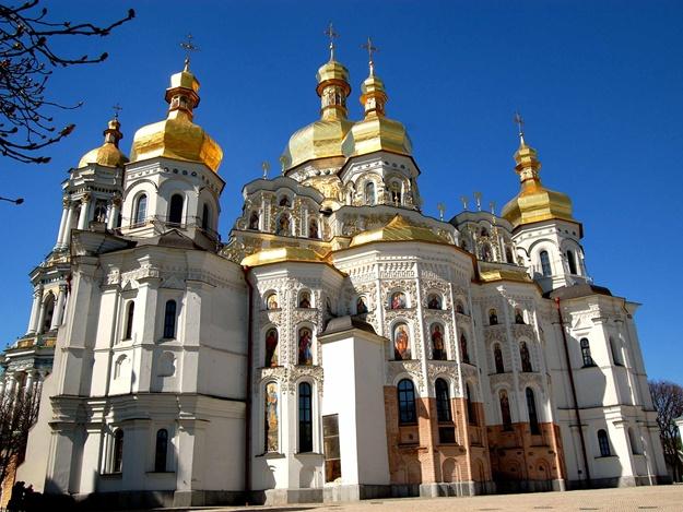 СБУ обыскивает Киево-Печерскую лавру и дом митрополита Павла