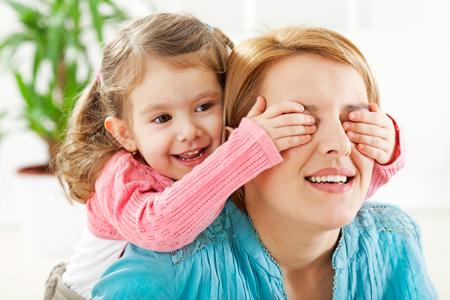 Семьи с маленькими детьми получат компенсацию расходов на услуги нянь