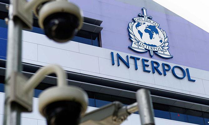 Украина может приостановить членство в Интерполе – глава МВД