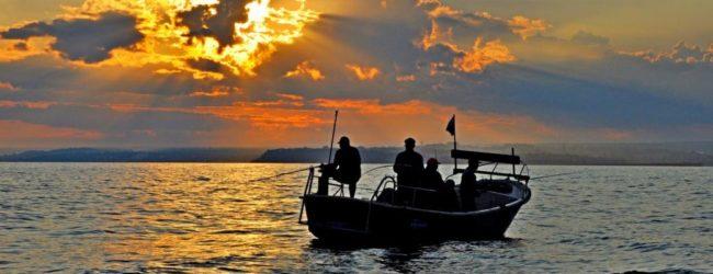 Украинским рыбакам рекомендовали вернуться из Азовского моря в порты