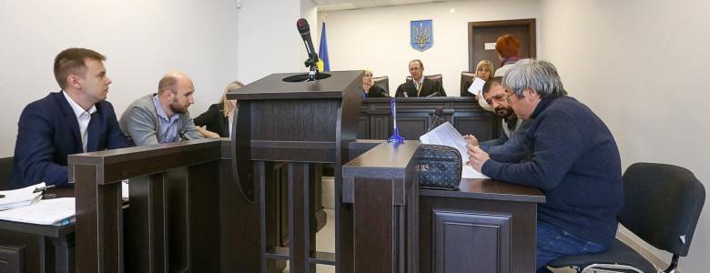 Экс-мэра Запорожья обвиняют в хулиганстве и злоупотреблении властью - его адвокат говорит, что статьи надуманные, - ФОТО