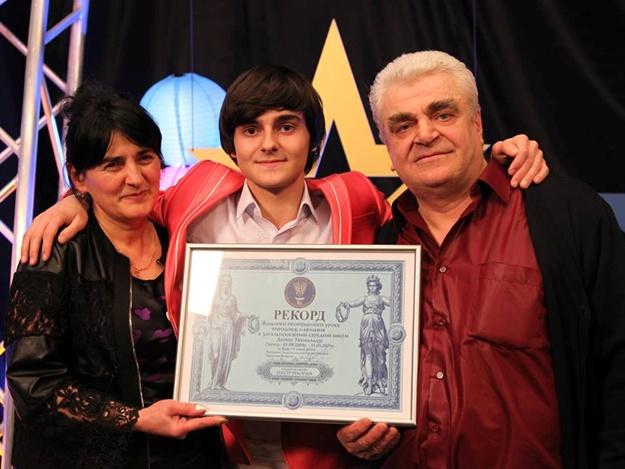 Юнец-молодец: харьковский школьник установил национальный рекорд по посещаемости